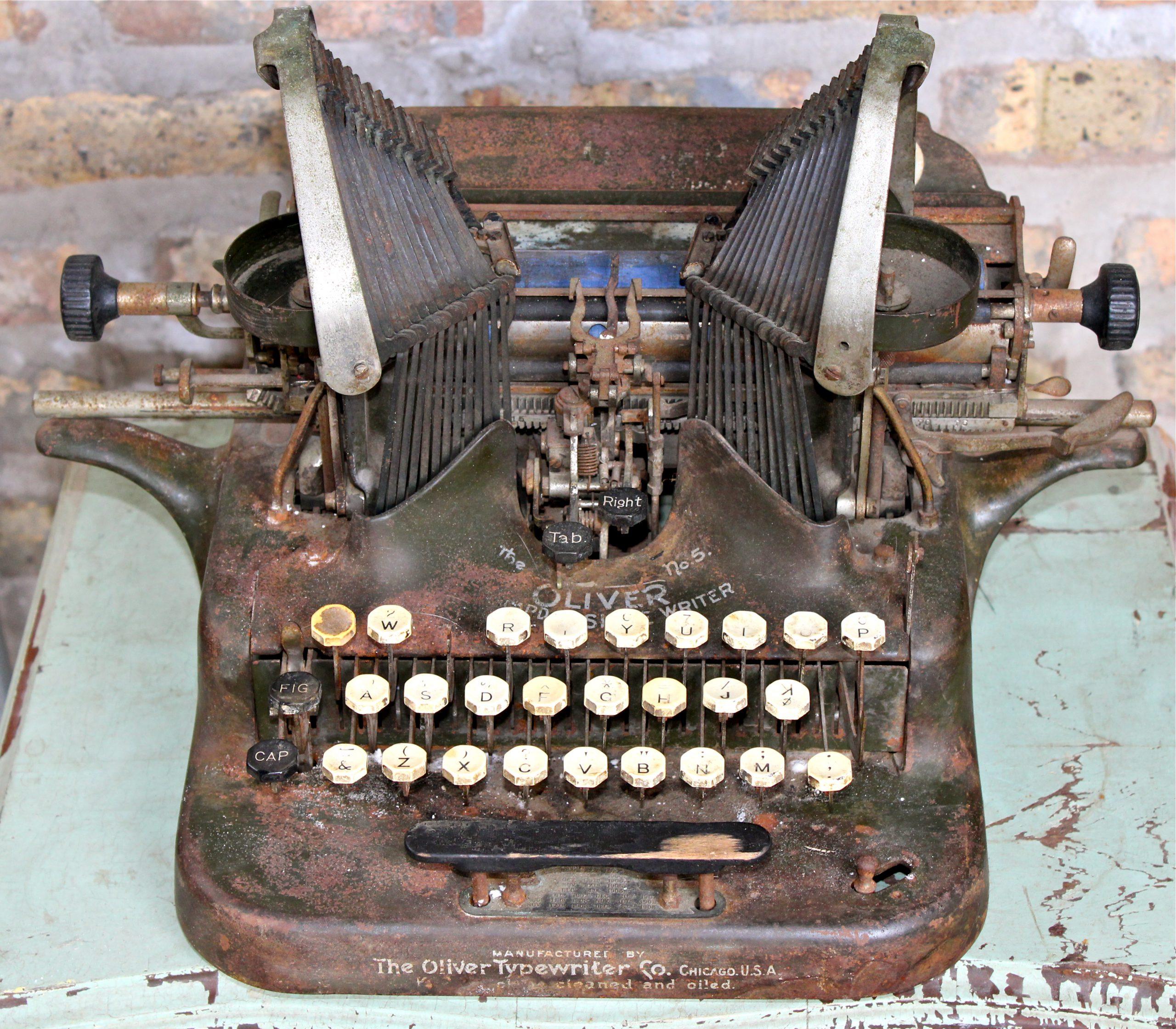Oliver Typewriter No. 5 by Oliver Typewriter Co., c. 1910