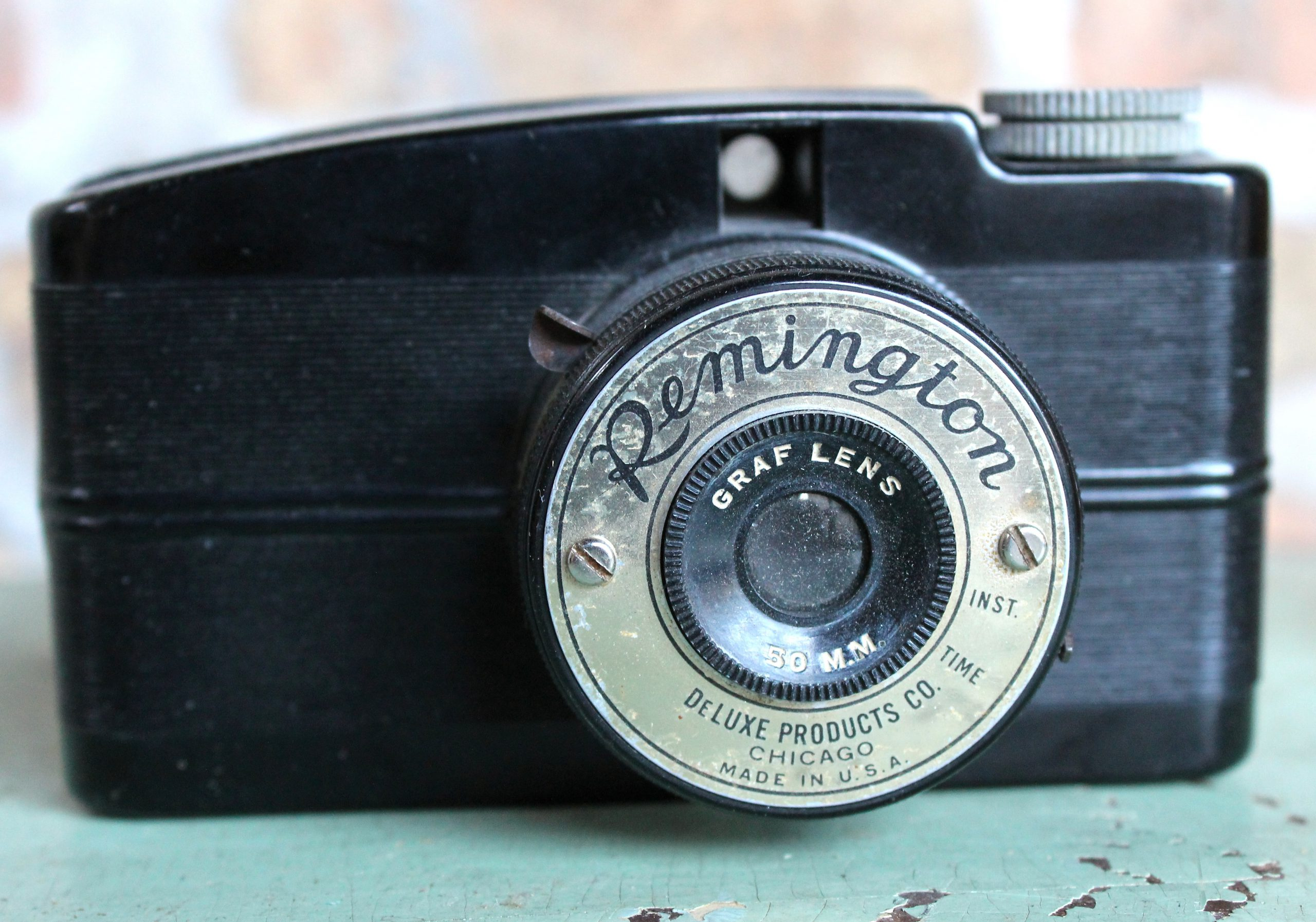 Remington Miniature Bakelite Cameras by DeLuxe Products Co., c. 1940