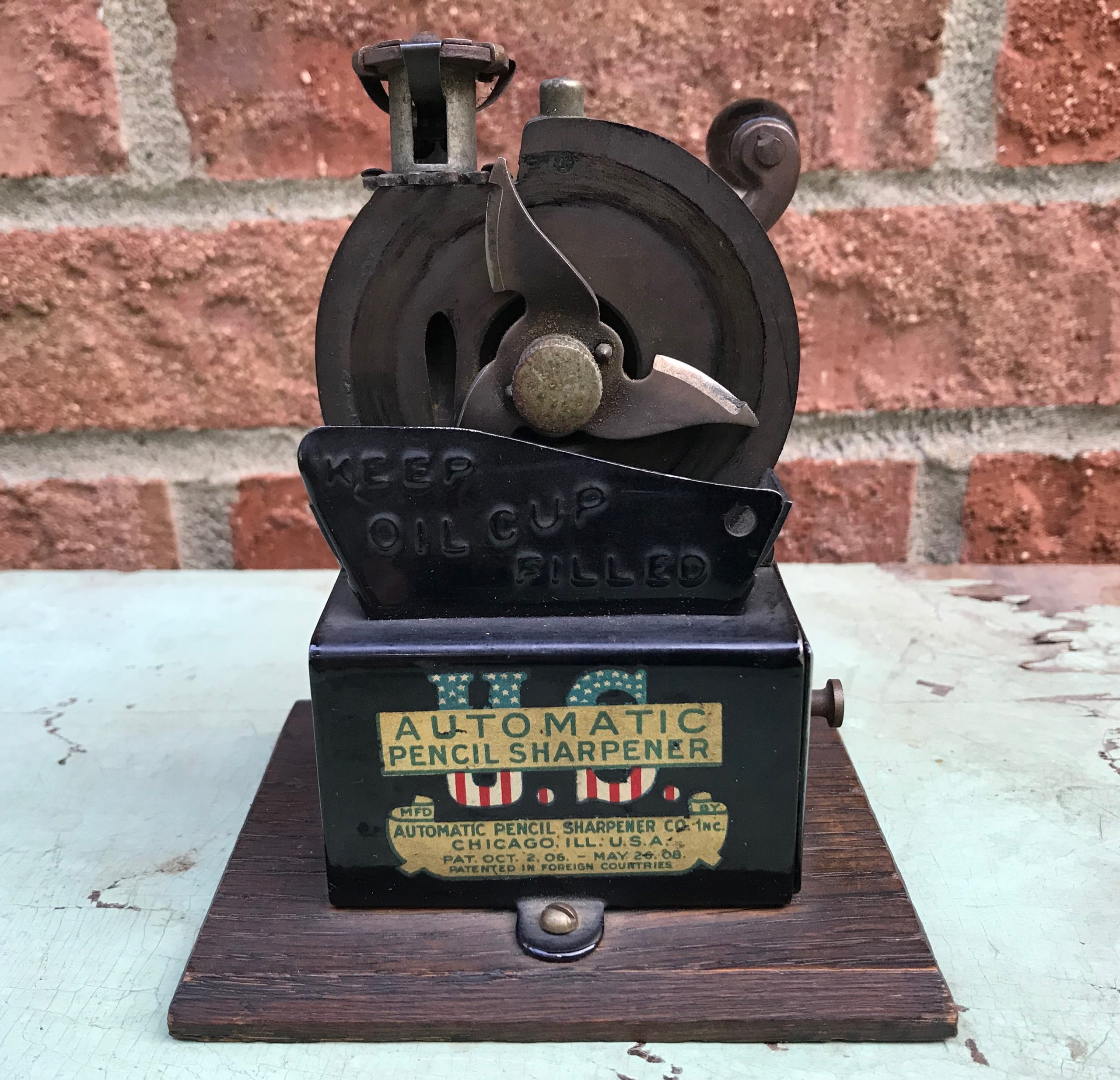 U.S. Automatic Pencil Sharpener by APSCO, c. 1911